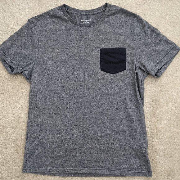 Men's Banana Republic gray medium t-shirt